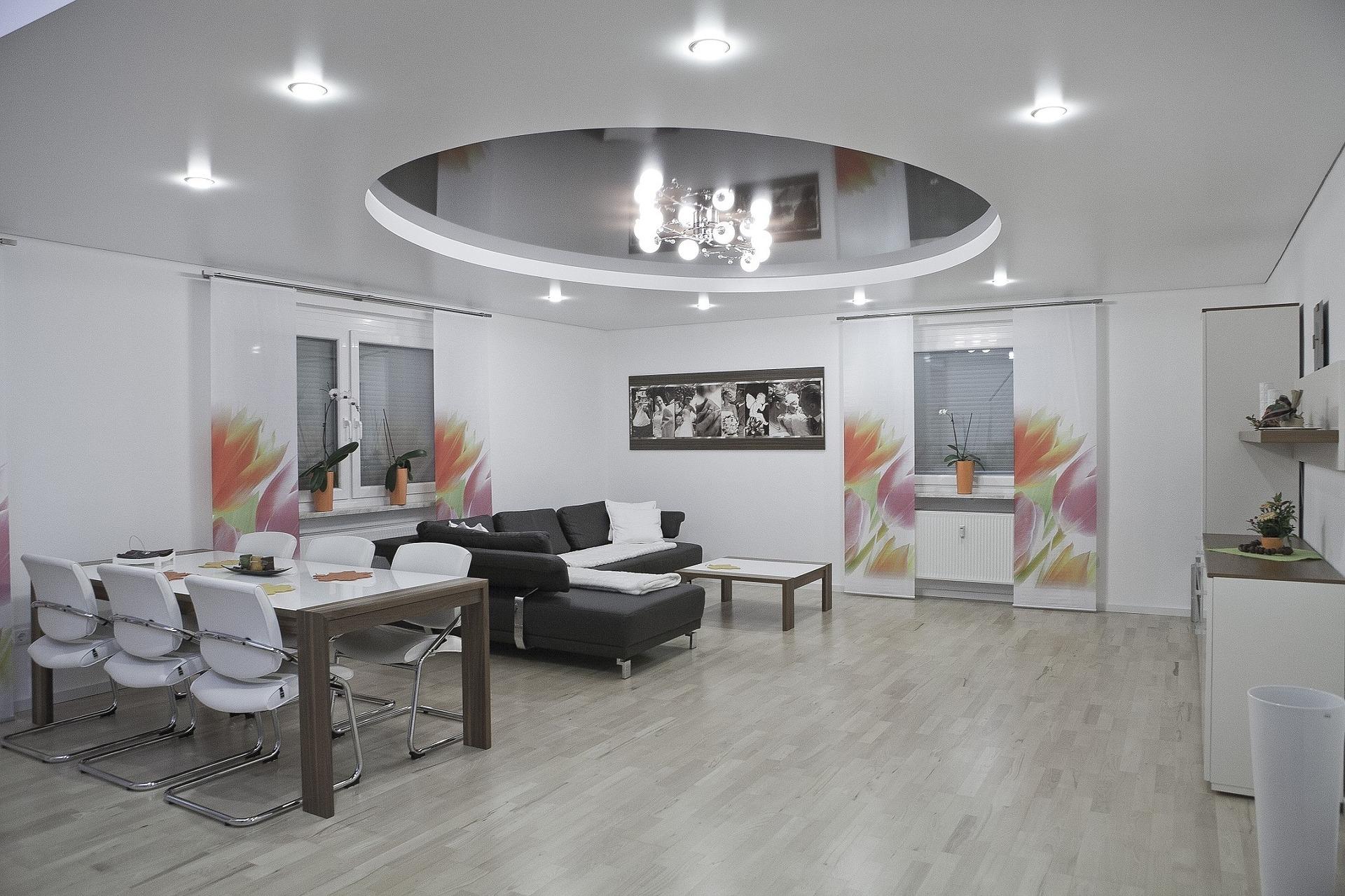 Le plafond tendu est une méthode simple qui contient de nombreux avantages.